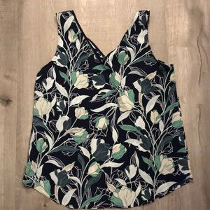 Tops - Sleeveless Floral Blouse